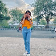 Stylish Photo Pose, Stylish Girl Pic, Girly Pictures, Indian Designer Outfits, Picture Poses, Photography Poses, Bell Bottom Jeans, Mom Jeans, Fashion Outfits