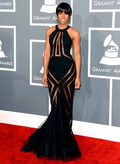 Singer Kelly Rowland arrives at the 55th Annual GRAMMY Awards at Staples Center on February 10, 2013 in Los Angeles, California.