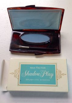VINTAGE MAX FACTOR SHADOW PLAY EYE SHADOW 60's 70's SOFT BLUE NIB