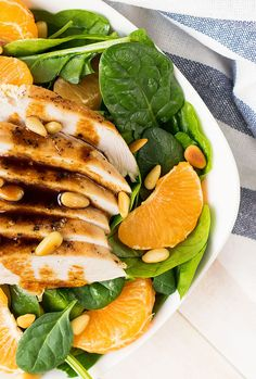 This healthy and gluten free recipe is perfect as a lunch salad. Protein and antioxidant rich, it will keep you full and satisfied until dinner!