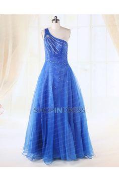 blue dress #blue #dresses #prom #fashion #party #evening