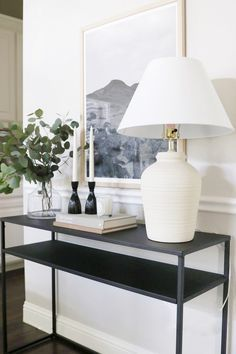 New Living Room, Home And Living, Living Room Decor, Apartment Decoration, Entryway Decor, Foyer, Living Room Inspiration, Home Decor Inspiration, Console Table Styling