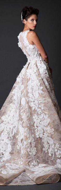 Vestido boda de invierno en dos tonos. Krikor Jabotian Fall-winter 2014-2015.