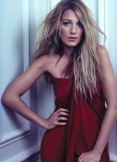 Why do this kind of hair look great & sexy on her and a mess on me? :(  Blake Lively by David Slijper