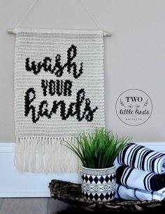 Diy Crochet Wall Hanging, Crochet Wall Art, Crochet Wall Hangings, Crochet Home Decor, Tapestry Crochet, Hanging Wall Art, Diy Wall Art, Scarf Crochet, Wall Decor