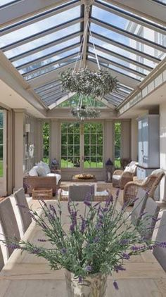 A large Georgian conservatory with inset roof and prominent deep columns. A large Georgian conservatory with inset roof and prominent deep columns. Georgian Interiors, Georgian Homes, Patio Pergola, Backyard, Conservatory Dining Room, Orangery Conservatory, Conservatory Design, Conservatory Lighting, Conservatory Interiors