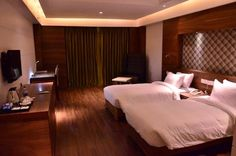 Make your Hotel Bookings in Lucknow Online from http://www.hotelsilvete.com