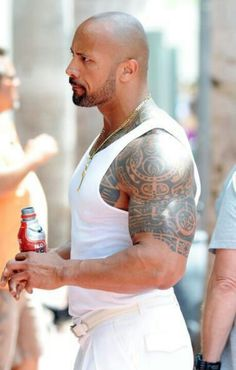 Dwayne Johnson. Looking heavenly in white!