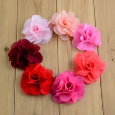 Resultado de imagem para artesanato flores de tecido para cabelo como fazer passo a passo