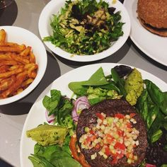 Died and went to burger heaven at Beet, Luxembourg. Go To Facebook, Luxembourg, Veganism, Beets, Cobb Salad, Vegan Recipes, Food Porn, Heaven, Ethnic Recipes