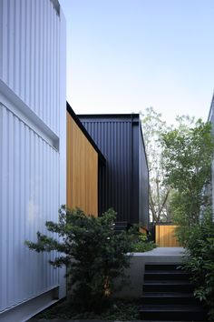 Gallery of Studio House KSG / Hernández Silva Arquitectos - 5 Container Architecture, Architecture Design, Small Hallways, Second Floor, Terrace, Garage Doors, Floor Plans, Landscape, Studio