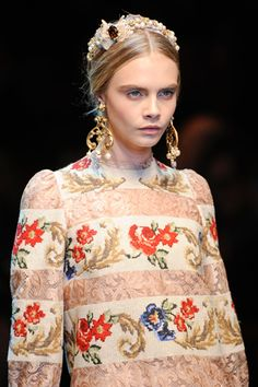 Cara Delevingne Photos Fall 2012 Ready-to-Wear Dolce & Gabbana - Details on Style.com