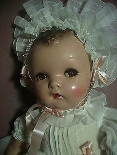 Vintage Composition Baby Doll by Ideal With Flirty Eyes Big Baby Dolls, Baby Barbie, Black Baby Dolls, Toddler Dolls, Old Dolls, Antique Dolls, Vintage Dolls, Vintage Porcelain Dolls, Madame Alexander