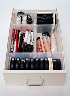 55 Ideas makeup organization and storage organisation Ikea Makeup Storage, Makeup Storage Solutions, Storage Ideas, Makeup Storage For College, Ikea Makeup Drawers, Malm Drawers, Vanity Drawers, Storage Systems, Cosmetic Storage