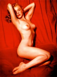 """Contrary to the belief, the full-length profile shot – entitled """"A New Wrinkle"""" – became the original calendar photo.  Only after the girl on the red velvet cloth had been identified as Marilyn Monroe, did the second pose turn up."""