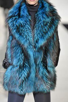 Fur Coat Dyed Coyote - Simonetta Ravizza