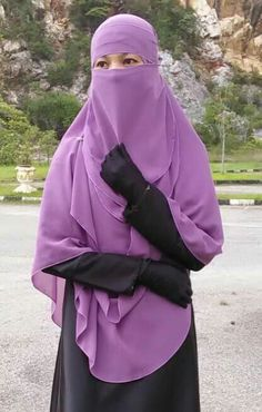 Purple Niqab and Shayla with Black Abaya and Gloves