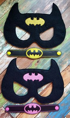 Bat Hero Felt Mask and Bracelet * Pink or Yellow * Birthday Party * Favors * Halloween * Playtime Halloween Party Favors, Birthday Party Favors, Halloween Masks, Batman Party, Superhero Party, Yellow Birthday Parties, Felt Mask, Hero Girl, Mask For Kids