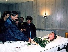 Germany, family says good bye to her 14 years old daughter. the poor girl was raped and strangled by her plaguer