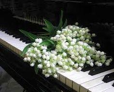 piano with flower  #flychord #flychordpiano #flychorddigitalpiano