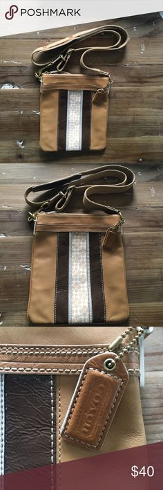 Tan Coach Purse Beautiful and hardly worn! Great for fashionistas on the go! Coach Bags Crossbody Bags