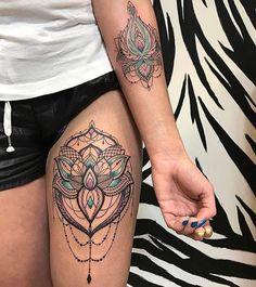 Flowers Tattoo Foot Shape 36 Ideas – foot tattoos for women flowers Cool Tattoos For Girls, Girls With Sleeve Tattoos, Trendy Tattoos, Unique Tattoos, Beautiful Tattoos, Tattoos For Women, Foot Tattoos, Flower Tattoos, Body Art Tattoos