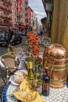 Little Italy, NYC - I adore this picture! One of the best places to dine is on the street in Little Italy! Little Italy Nyc, A New York Minute, Sidewalk Cafe, Empire State Of Mind, I Love Nyc, Outdoor Living, Indoor Outdoor, Florida, New York Travel