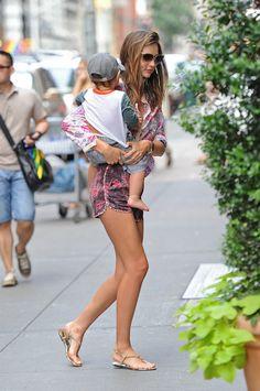 Miranda Kerr Flynn Bloom Miranda Kerr Street Style Miranda Kerr Orlando Bloom Mixing