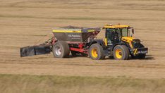 Driver's view: JSE-Systems' high-speed spreading outfit - Farmers Weekly Mr Johnson, Heavy Machinery, Farm Yard, High Speed, Farmers, Tractors, Outfit, Outfits, Farmer