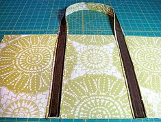 Reusable Grocery Bag Tutorial - The problem with lots of reusable grocery bags is that they aren't sturdy enough to withstand multiple trips toting heavy loads.  However, this tutorial is great for making a super sturdy version.