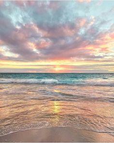 How to Take Good Beach Photos Sunset Wallpaper, Nature Wallpaper, Bridge Wallpaper, Beautiful Sunset, Beautiful Beaches, Wallpaper Tumblr Lockscreen, Wallpaper Wallpapers, Beach Aesthetic, Aesthetic Backgrounds