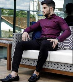 C a s u a l 😎/ indian men fashion, mens fashion boy fashion, Formal Dresses For Men, Formal Men Outfit, Men Formal, Formal Shirts, Mens Fashion 2018, Indian Men Fashion, Mens Fashion Suits, Style Casual, Men Casual