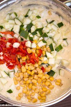 muffins-cu-dovlecei,-porumb-si-ardei-5 Salsa, Mexican, Vegetables, Ethnic Recipes, Food, Salsa Music, Restaurant Salsa, Hoods, Vegetable Recipes