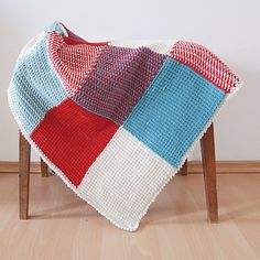 Easy pattern for a cute and modern baby blanket. Worked in tunisian crochet, you'll have much fun with combining different colors to a wonderful, individual blanket. You'll learn an easy color change in tunisian crochet (pictures included) and with this, you'll create the most wonderful, timeless blanket. Thanks to tunisian crochet, you'll get an extremely comfy, but strong and durable fabric.