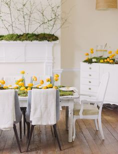 Tablescape with moss + ranunculus