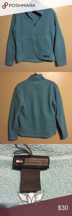 REI Fleece Zip Up Perfect condition! The tag has worn off, but it is a size small, can also fit a medium. This item is on SALE and the price is FIRM 💃. REI Jackets & Coats