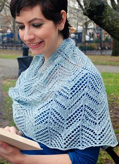 Stars in the twilight shawl: Knitty.com - Winter 2015