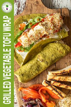 These grilled vegetable and tofu wraps make a great lunch or light dinner either with salad, soup or on it's own! Delicious Vegan Recipes, Tasty, Healthy Recipes, Tofu Wraps, Easy Black Bean Soup, Roasted Onions, Marinated Tofu, Red Lentil Soup, Grilled Vegetables