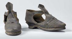 Women's leather shoes, circa 1600-50 (Rijksmuseum)
