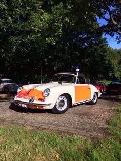 Old Dutch police Porsche