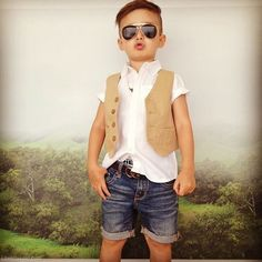 Little man  glasses boys autumn kids fashion children's fashion photography