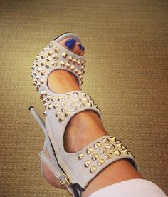 Beige thorned heeled sandals, new shoes ideas