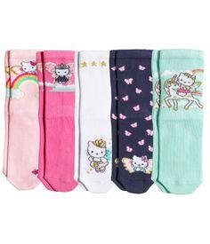 5 paria sukkia, koko 28/30. 9,95 €