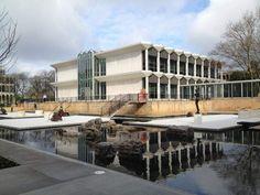 Yamasaki reflecting pool & sculpture garden at Detroit Wayne State restored
