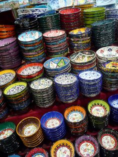 These hand-painted bowls -- colorful, beautifully detailed, and inexpensive -- would make a great souvenir the next time you visit Istanbul. There's so much to see and do there, but the markets might be the…