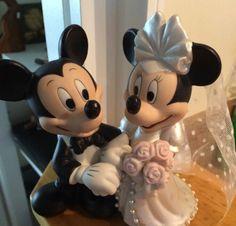 WDW MICKEY AND MINNIE WEDDING CAKE TOPPER DISNEY FIGURINES