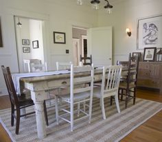 Beautiful site with lots of decorating ideas! --Erin's Craftsman Cottage in Laurel Mississippi