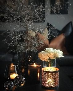 Candle Jars, Candles, Beautiful Homes, Table Decorations, Interior, Instagram Posts, Flowers, Inspiration, Home Decoration