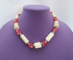 Red white statement choker necklace with red stone chips and bone beads by Framarines on Etsy