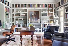 Home library/office with a ladder and comfortable seating Cool Bookshelves, Built In Bookcase, Bookshelf Styling, Book Shelves, Bookcases, Organizing Bookshelves, Decorate Bookshelves, Library Bookshelves, Floor To Ceiling Bookshelves
